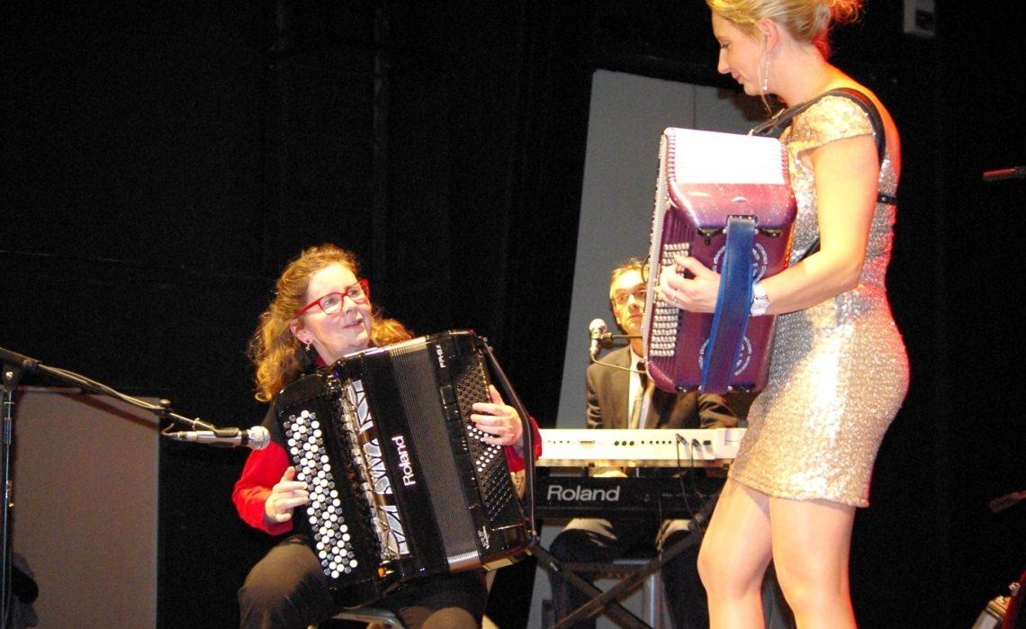 18-09 Au son de l'accordéon